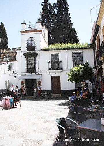 plaza-dona-elvira