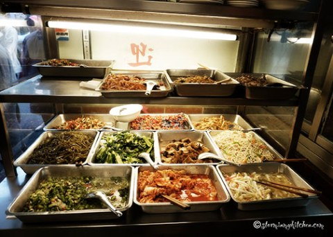 Yongkang-Beef-Noodle-side-dishes